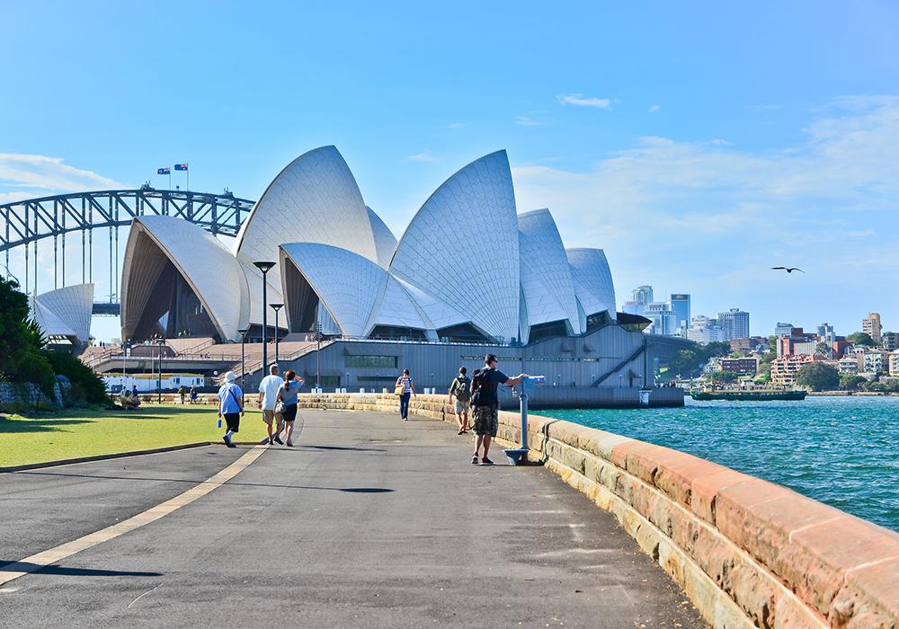 Rostina, Australia