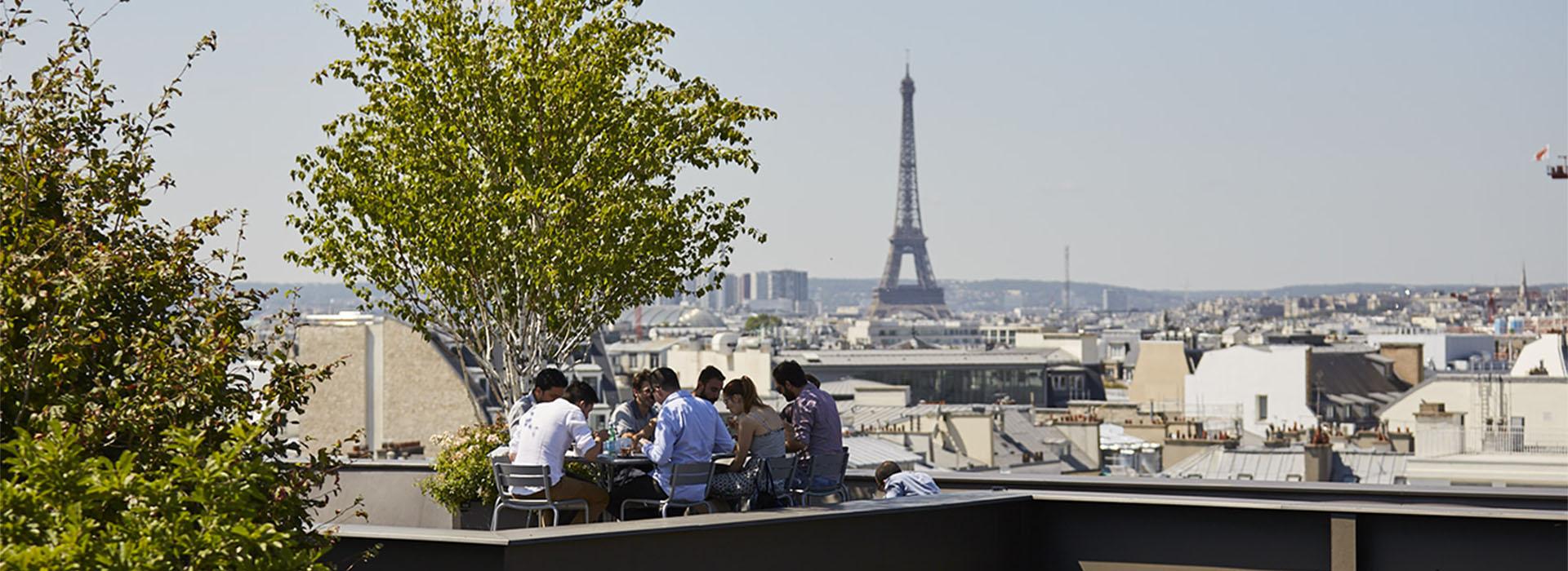 Lunch on Paris rooftop eiffel