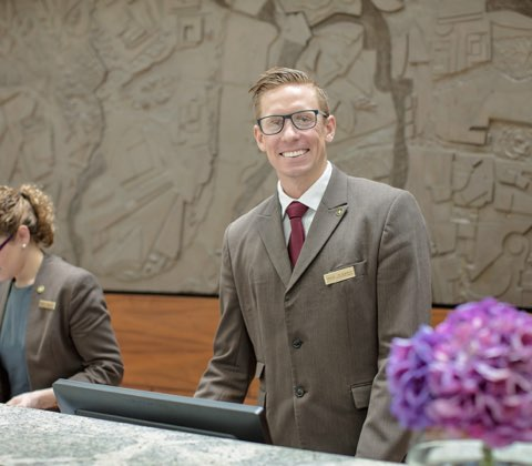 Guest Services, Operations and Front Office