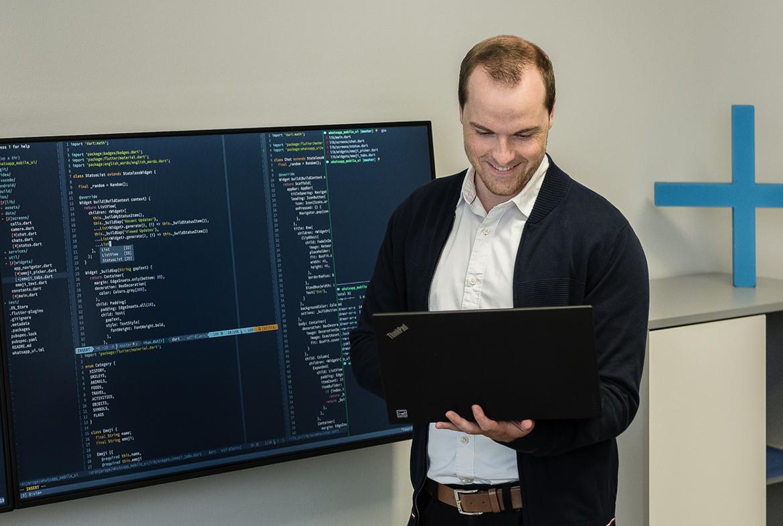 Informatiker bei der Arbeit