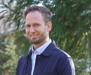 Dr. Michael Balazs