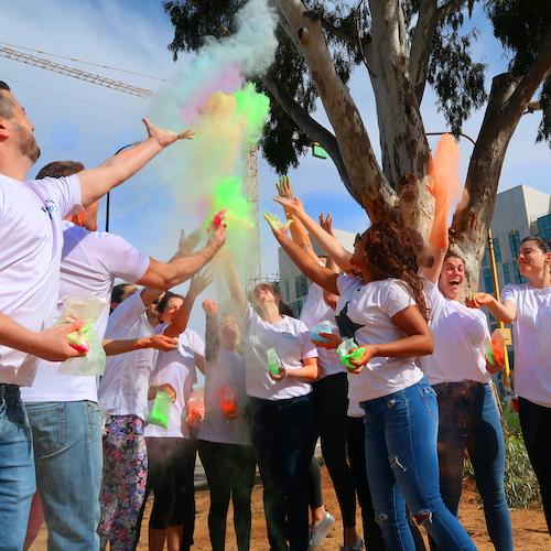 Israel_celebrate_holi