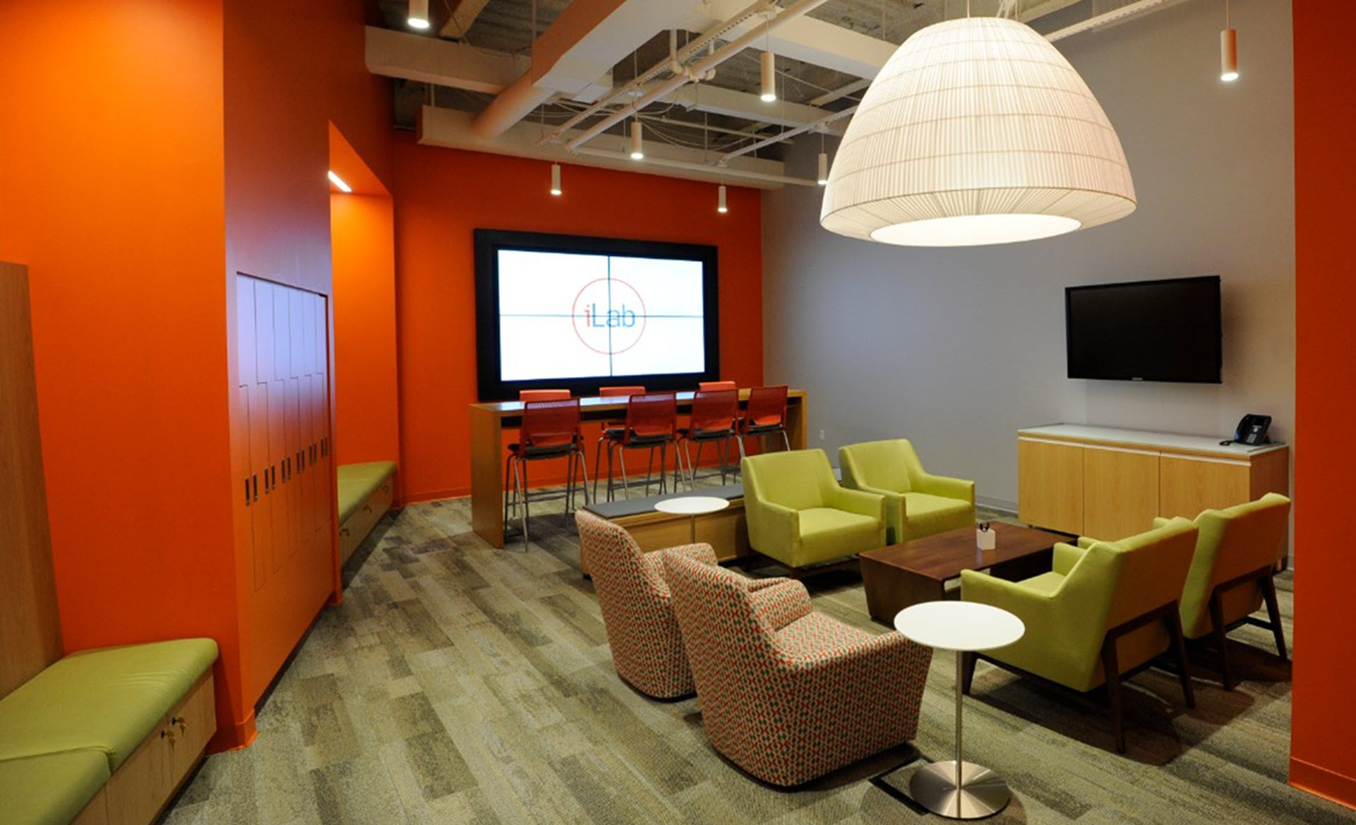 Open meeting space at PNC's iLab