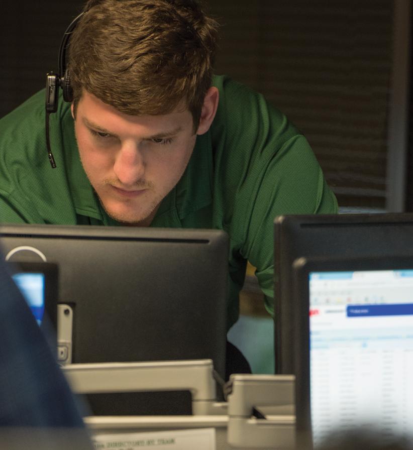 Veritiv employee focused on work